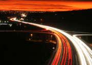 voitures-lumiere-autoroute