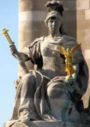 justice-statue-personnification