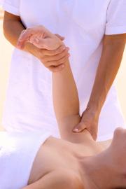 Ostéopathes et chiropracteurs doivent souscrire une assurance responsabilité civile