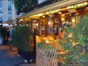 restaurant-terrasse-vitrine-paris